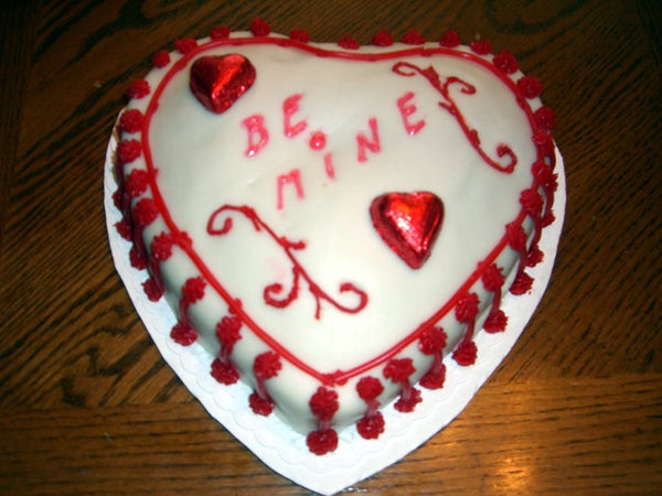 Heart O' My Heart - Red 'n White V-Day Cake