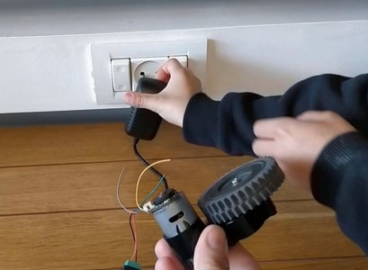 Electronics Mechanism - Testing the Motor