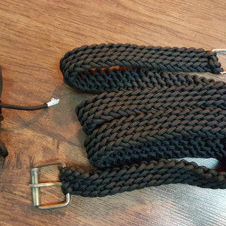 How to Make a Paracord Rescue Belt