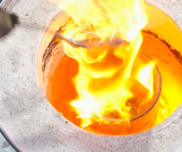 Homemade DIY Metal Foundry - How to Melt Aluminum and Create a Motorcycle Part