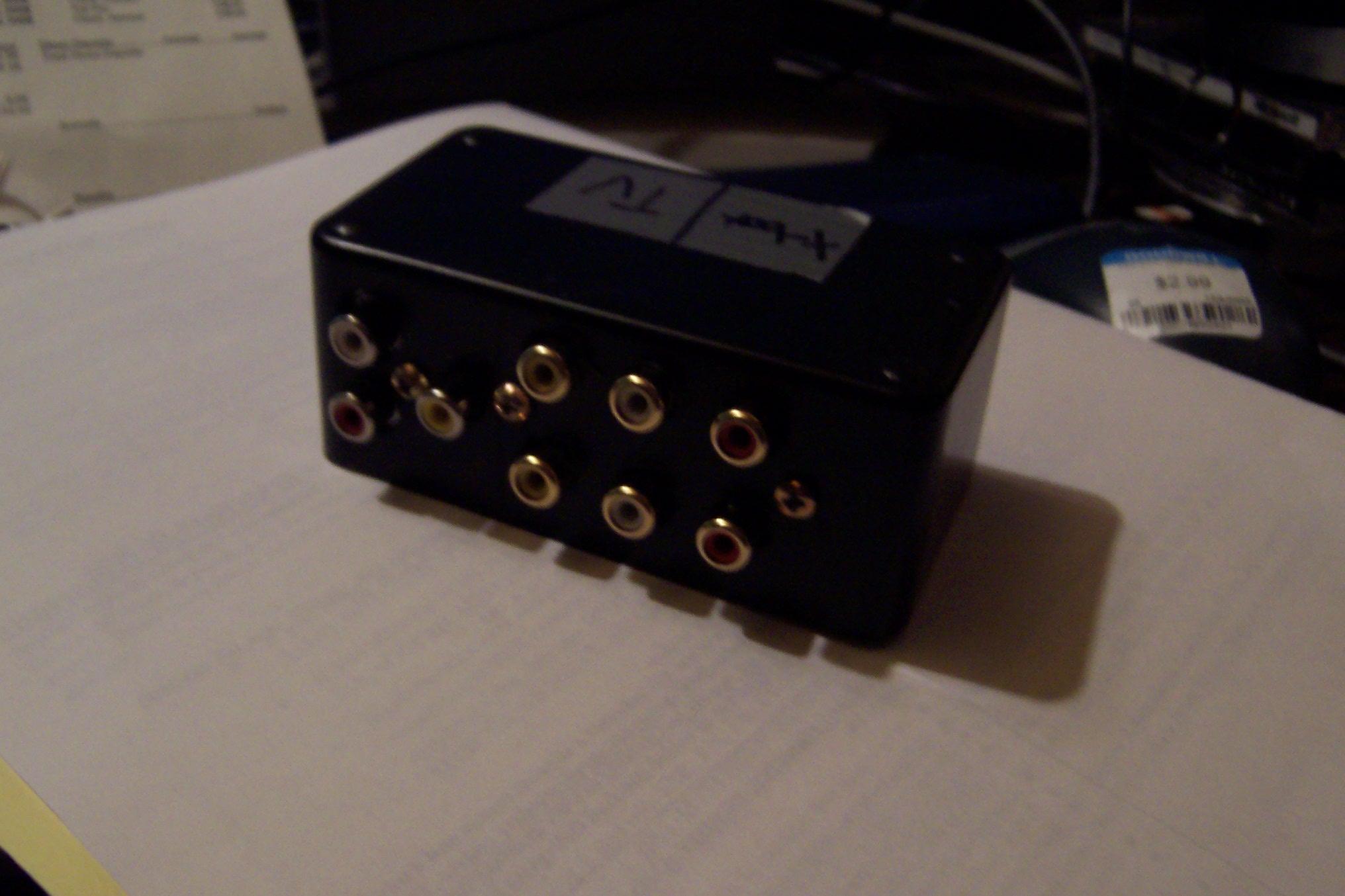 RCA / composit AV switch