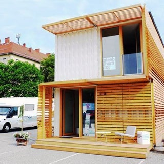 commod-house-shipping-container-5-537x419.jpg