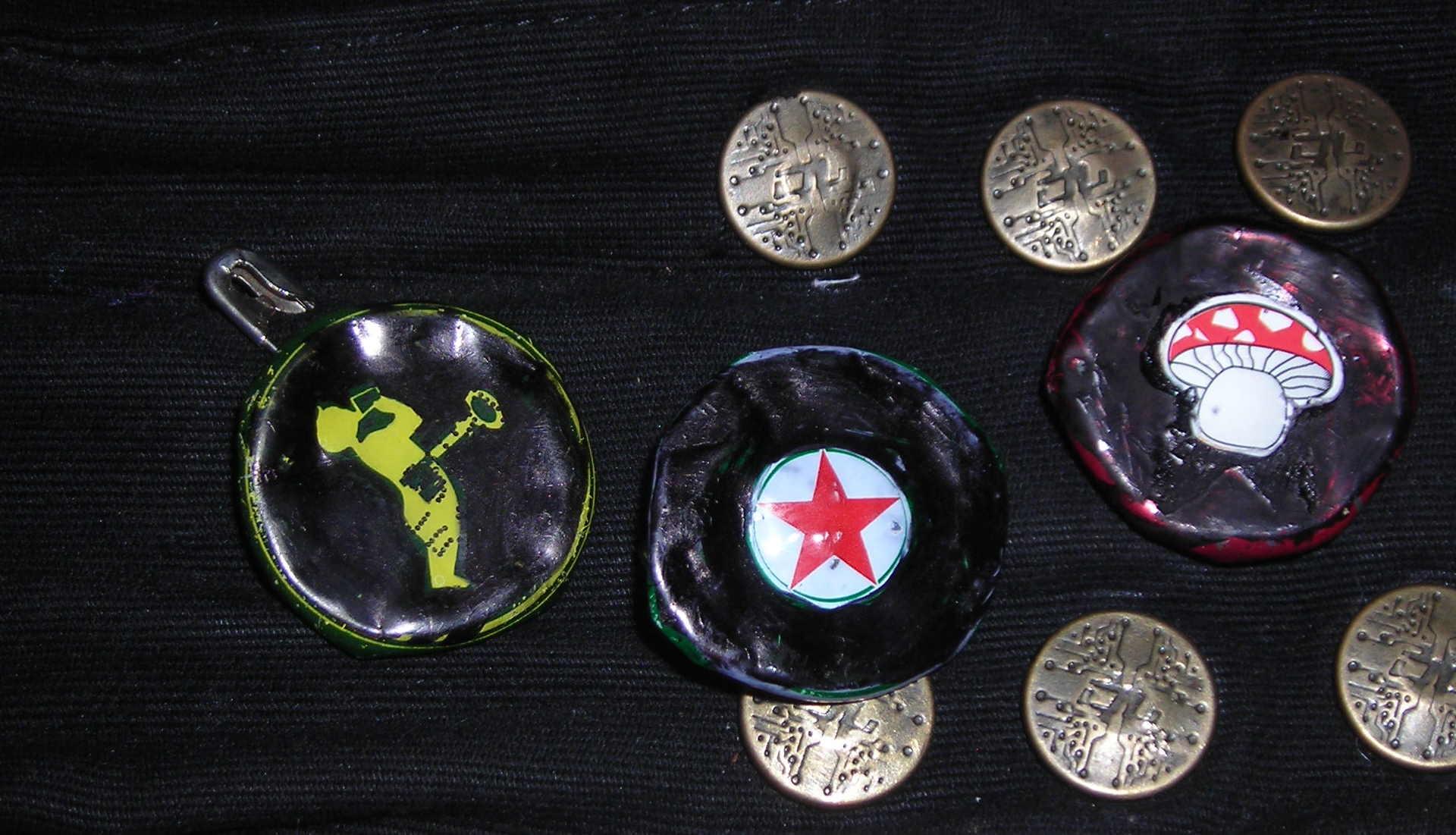 Bootle Cap (& can ring) DIY pin