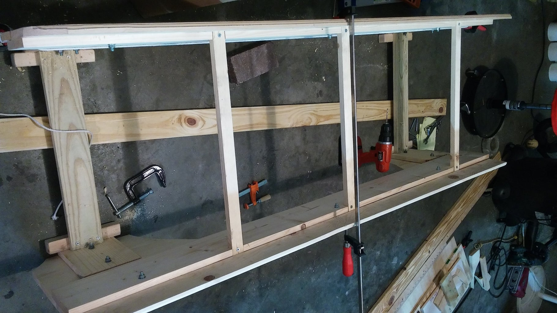Side Panel and Ramp / Alley Assembly