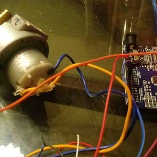 DIY: Relay Switch Motor Controller - Arduino