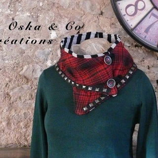 DIY Neck Warmers (Button Tricks!)
