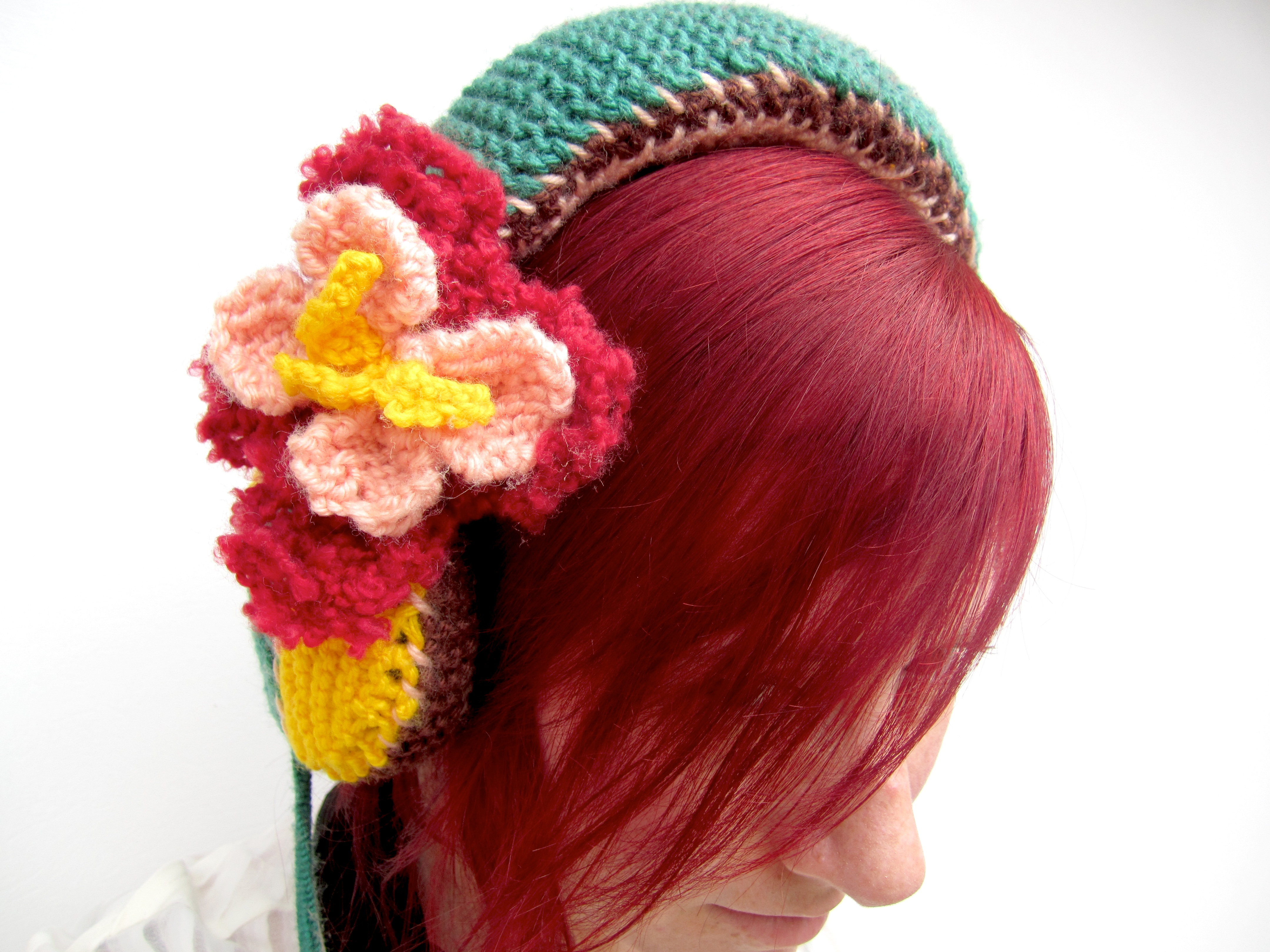 Knit Fashionable Headphones with Ease