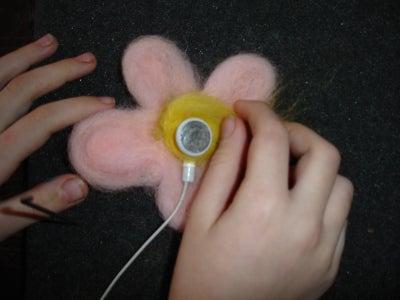 Attach Earbuds