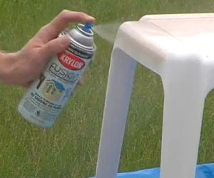Sprucing Up Outdoor Furniture