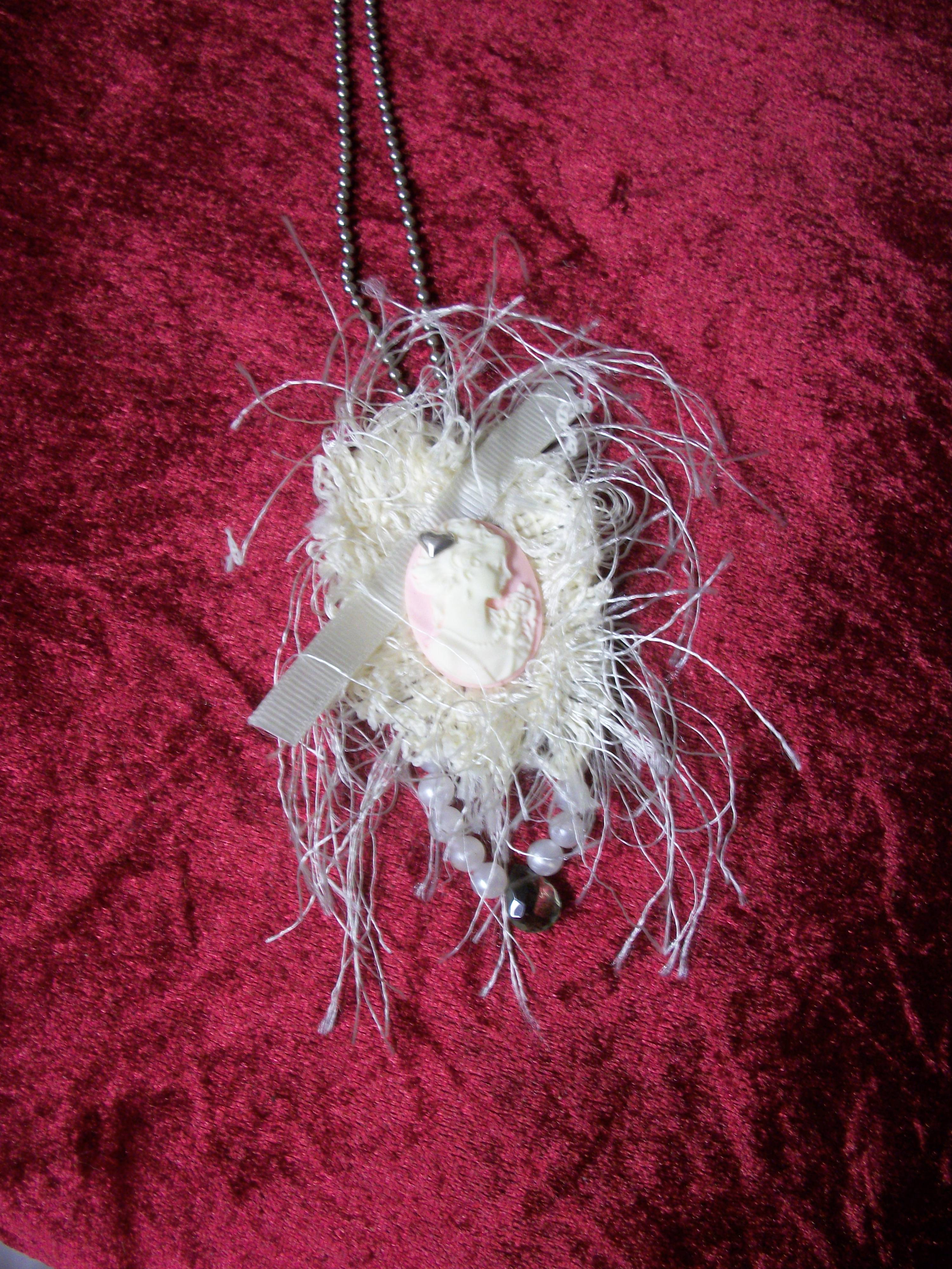 Shabby Chic Necklace/Pin