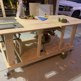 Mobile Workbench With Built-in Table & Miter Saws