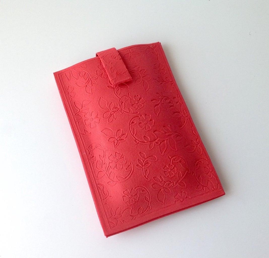 Make a Pretty Smartphone Case From Craft Foam