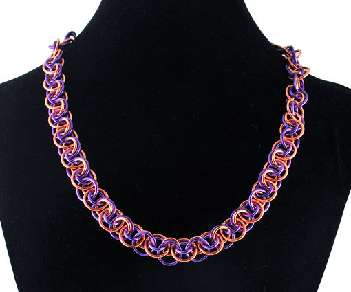 Wobble Chainmaille Neckace