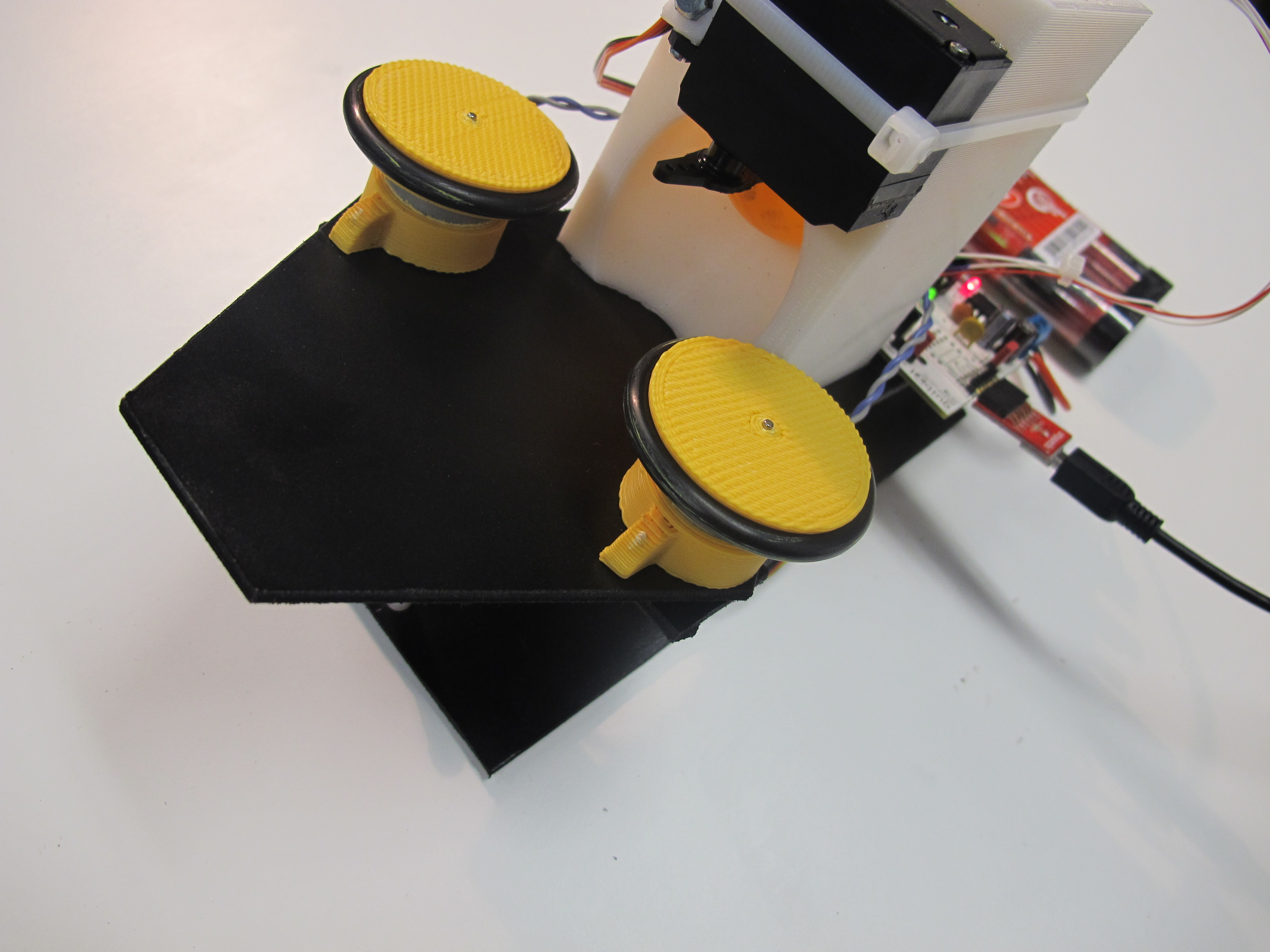 Arduino controlled Ping Pong Balls Launcher
