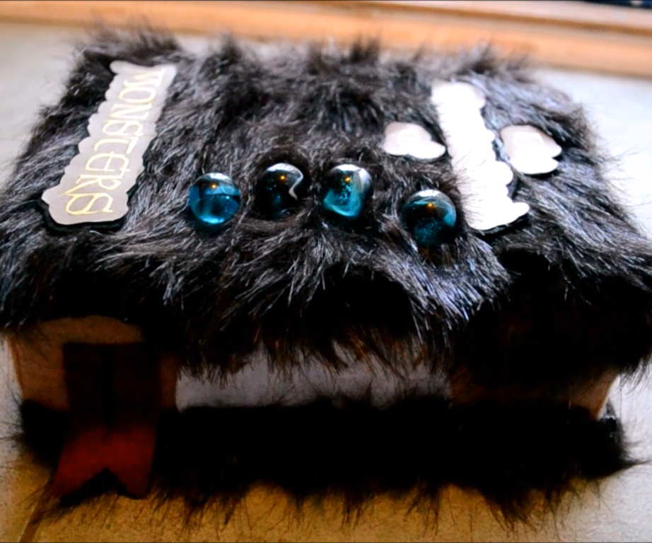 Monster Book of Monsters Harry Potter DIY   CassKnowlton