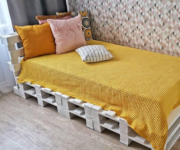 托盘上的简易床架