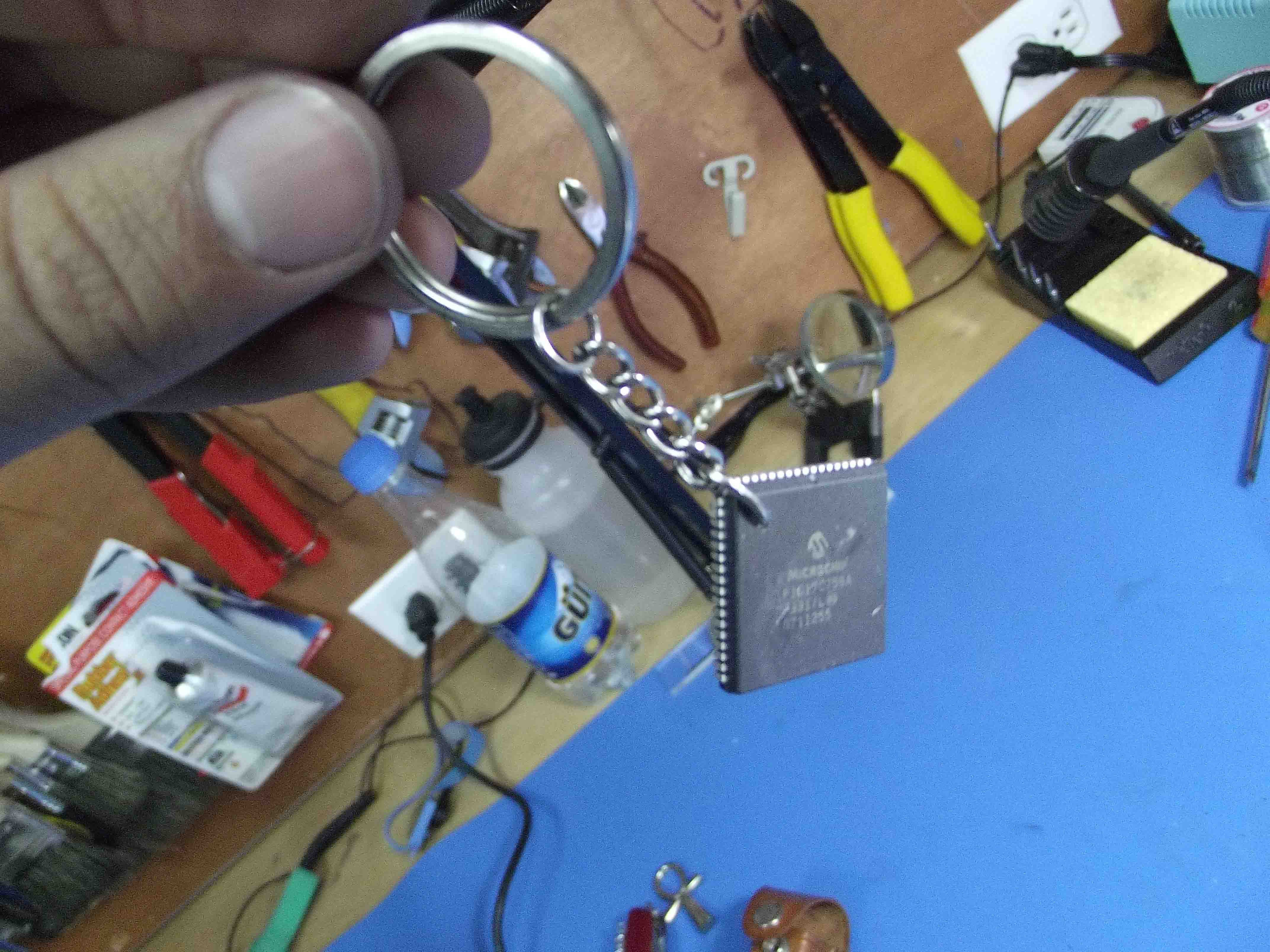 Microchip Keychain in less than 5 minutes !!!