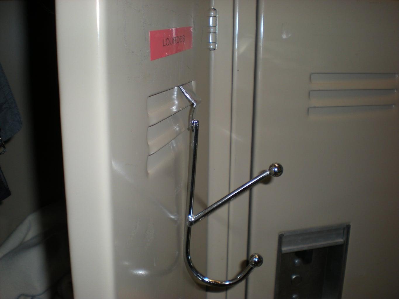 Locker Coat Hanger Cheap and Easy