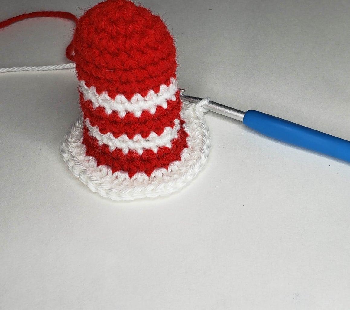 """Crochet """"Hat on a Cat"""" Pattern"""