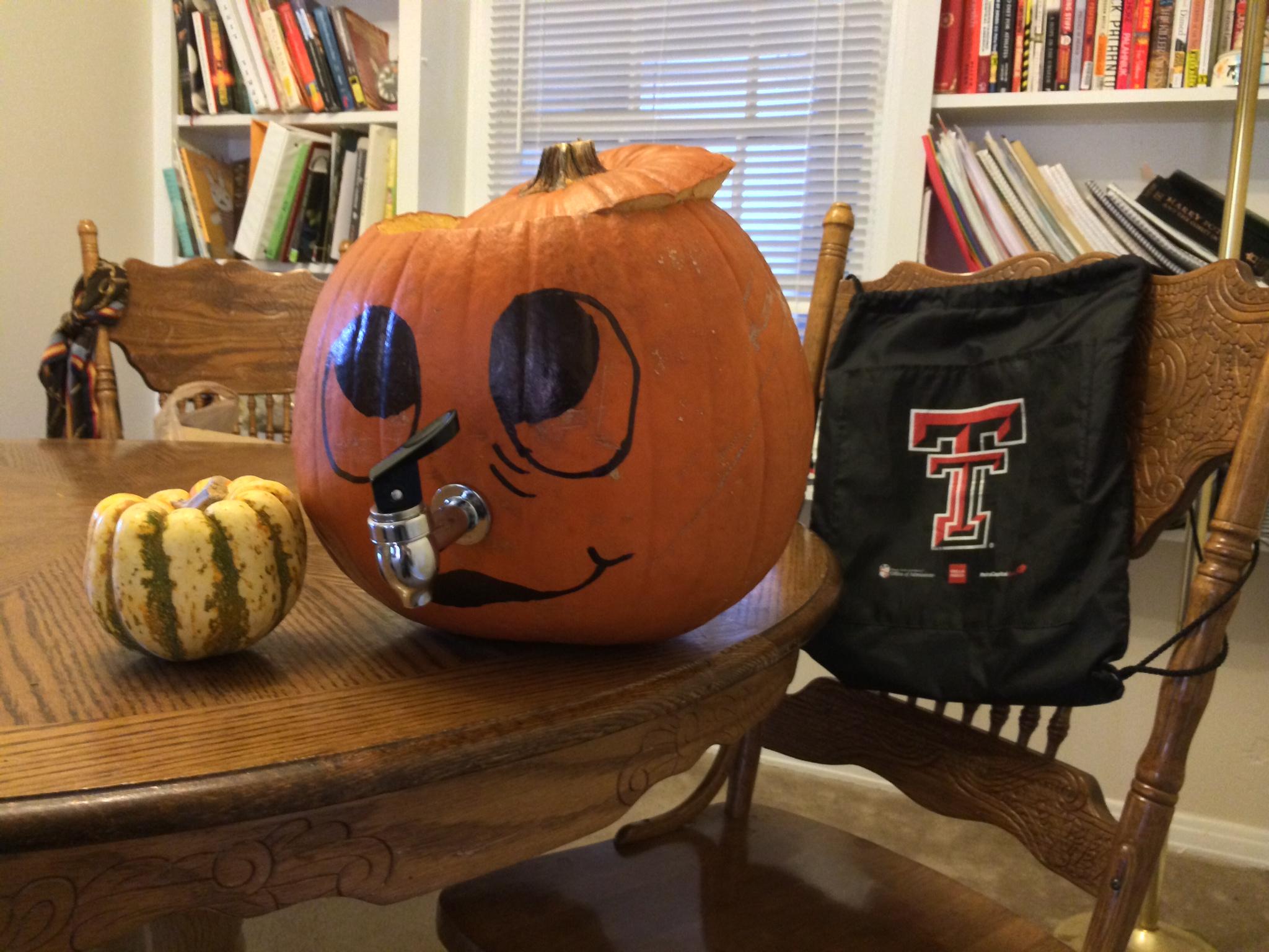 Make a Halloween Pumpkin Punch Bowl