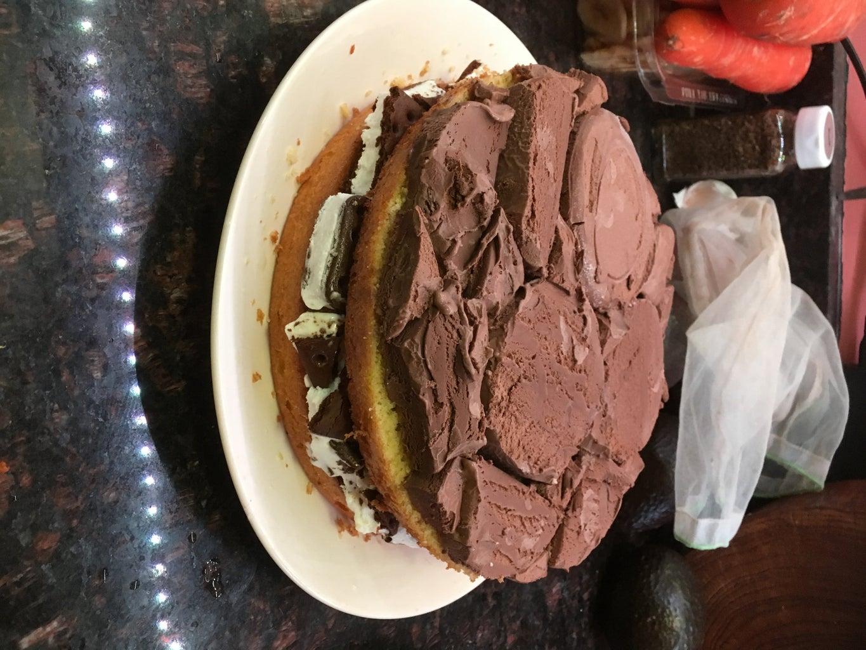 Prepare, Cut, and Layer on Fill Layer 2: Dark Chocolate Ice Cream