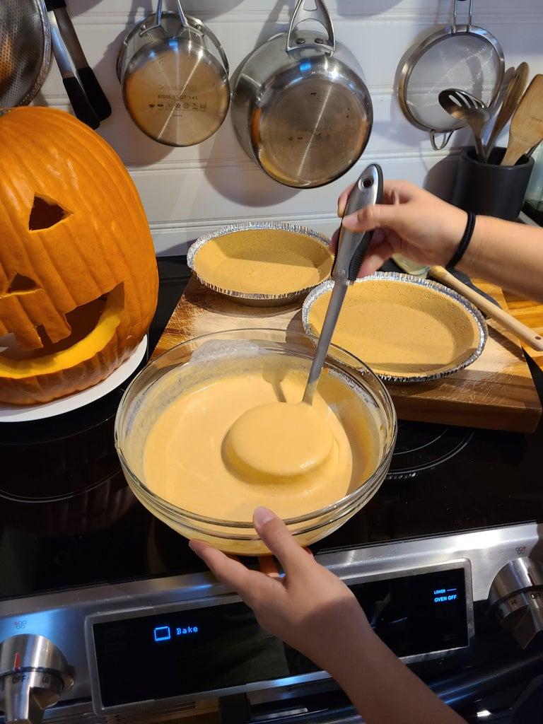 Fill Pie Crust