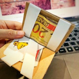 Magic Cardboard Wallet (Super Easy)