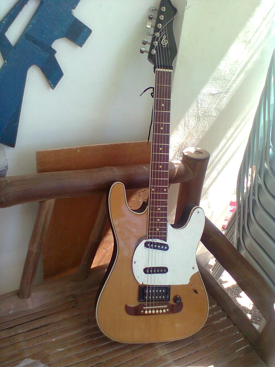 ELECTRIFY Your Acoustic Guitar