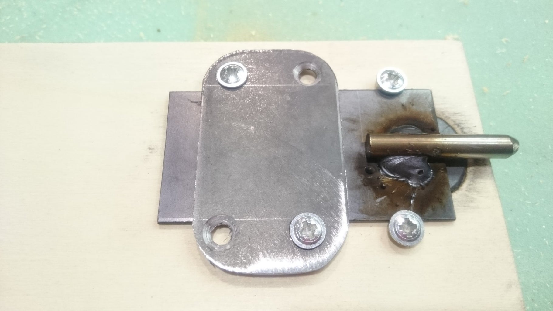 Mounting and Locking the Doors