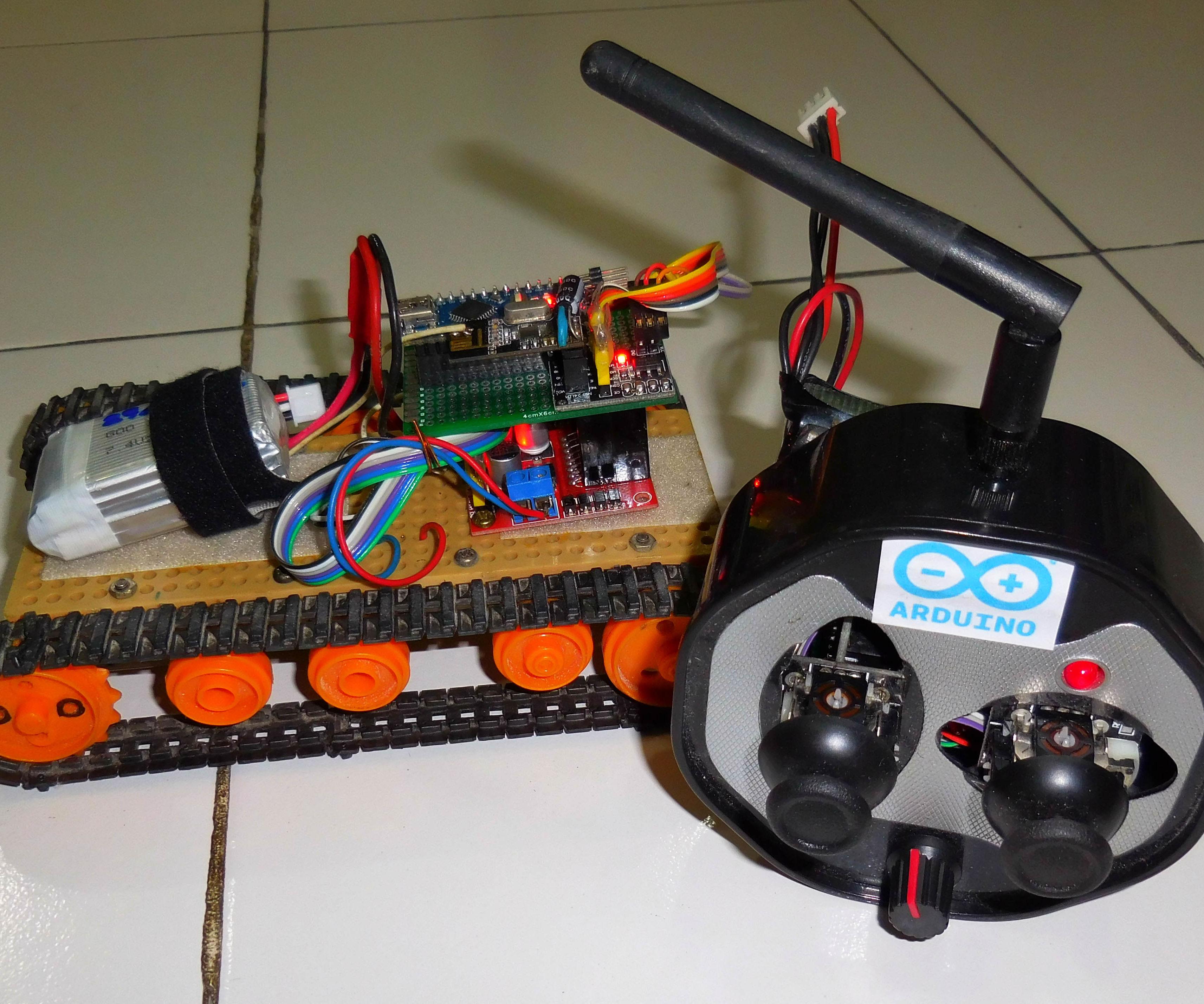 How to Control Tracked Robot Via  Joystick NRF24L01 Module Arduino Part1 Tx
