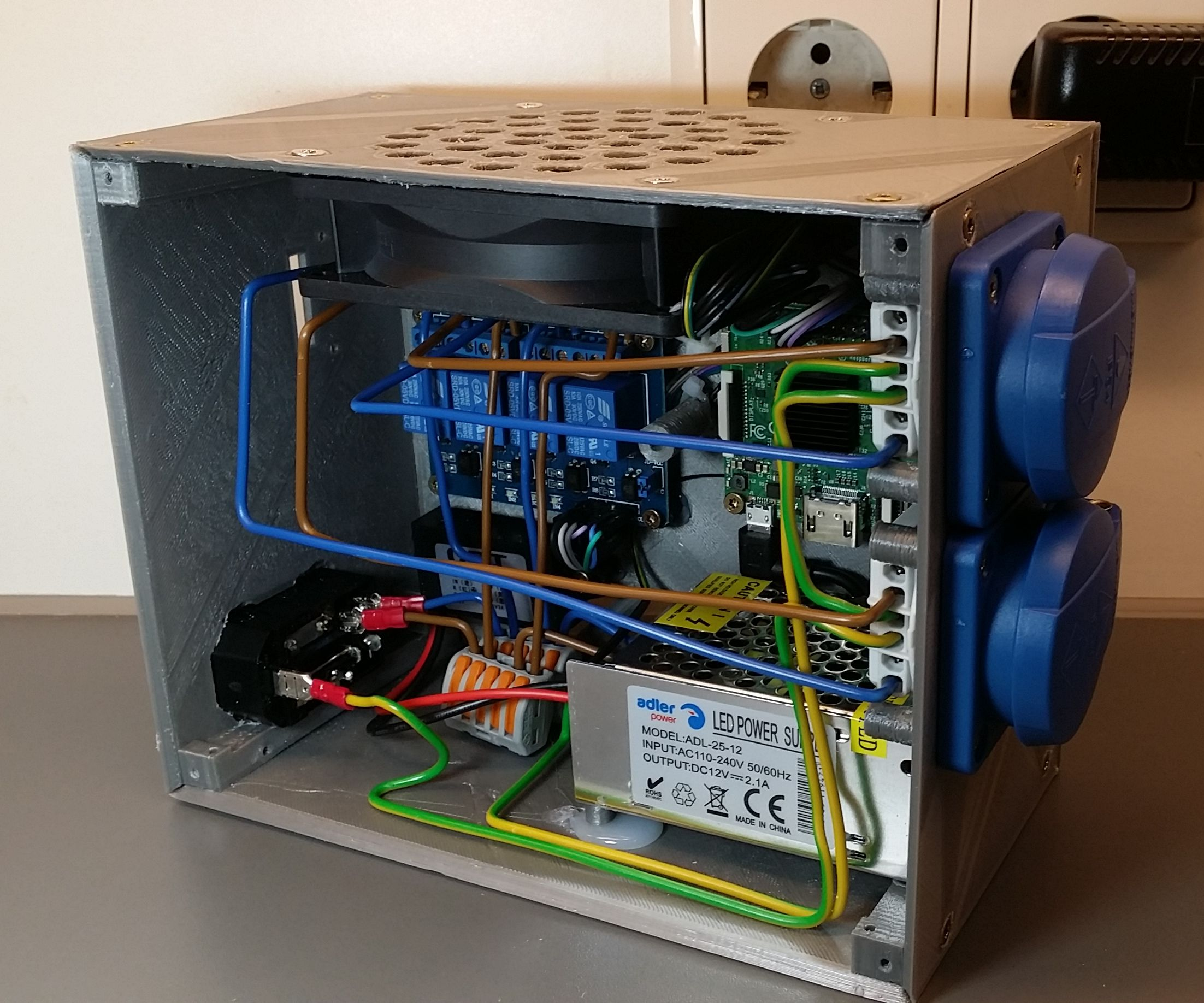Dual 3D OctoPrint Server With Powerswitch