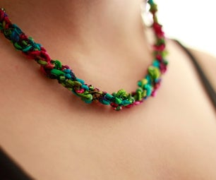 How to Make a Crocheted Necklace
