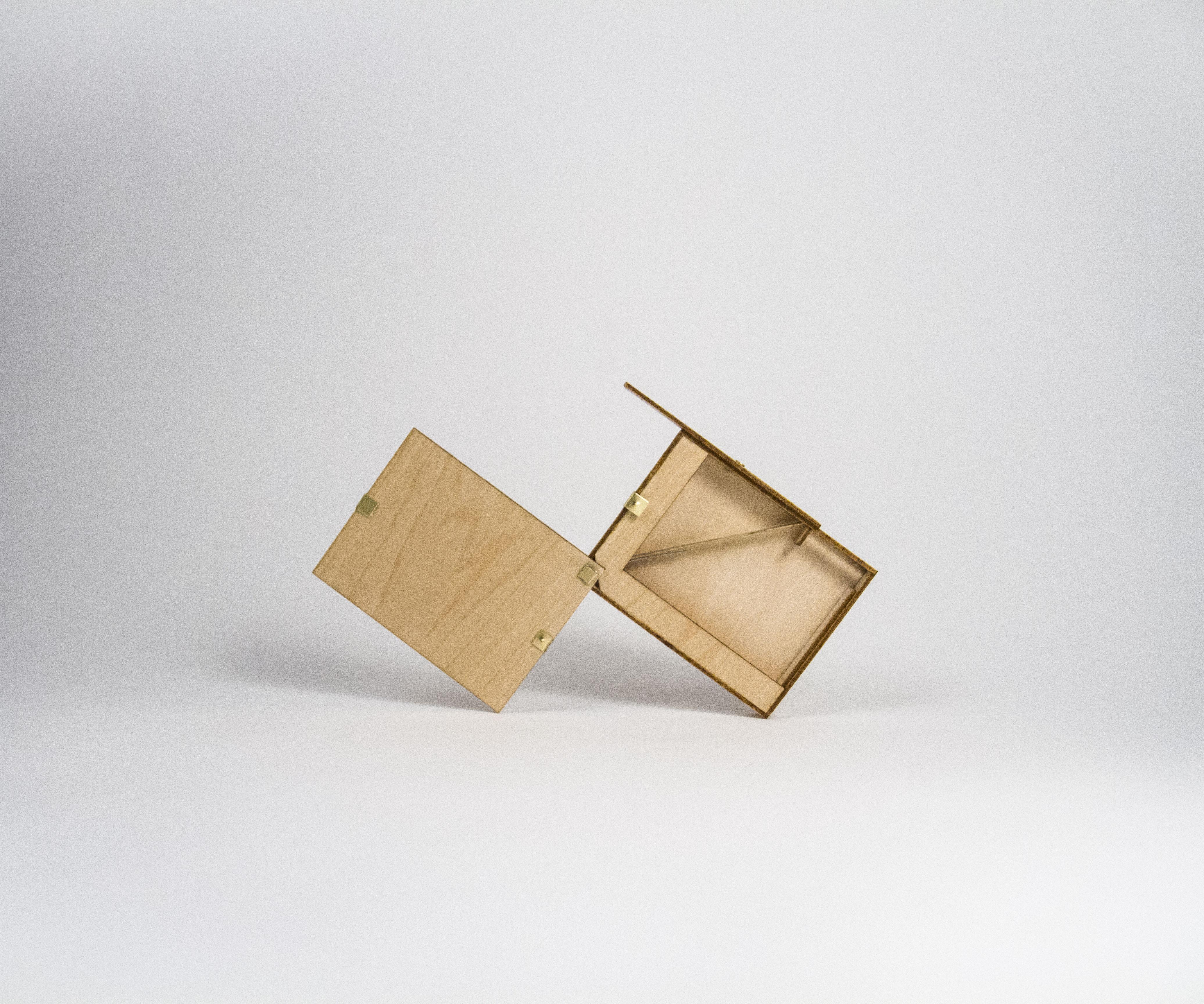 SmokeBox, Handmade Wooden Cigarette Case by lanceverde
