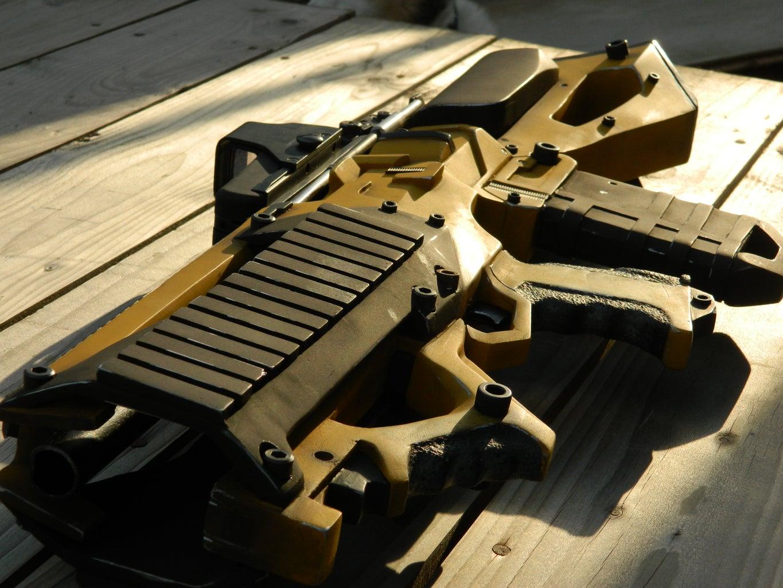 Borderlands Concept Assault Rifle Prop Replica