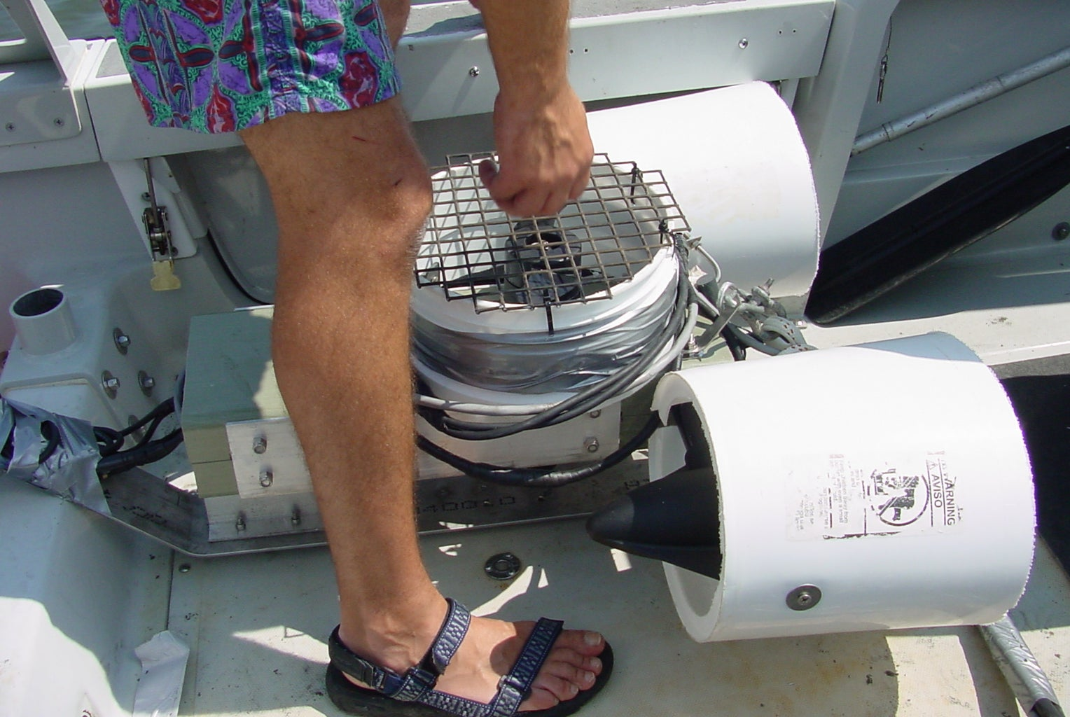 SemiAutonomous Submersible Robot for Underwater Research