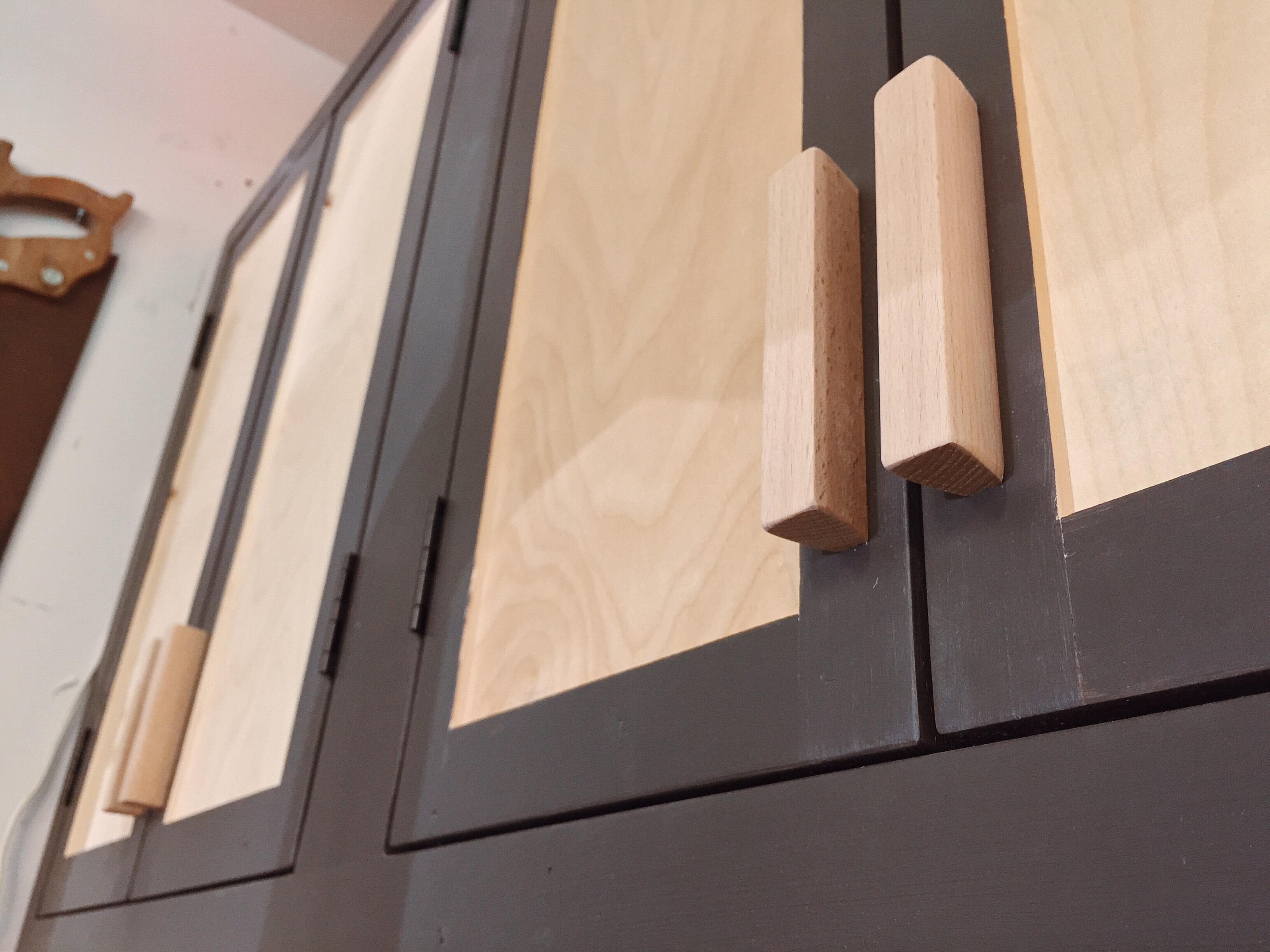 Simple, Clean Door Pulls