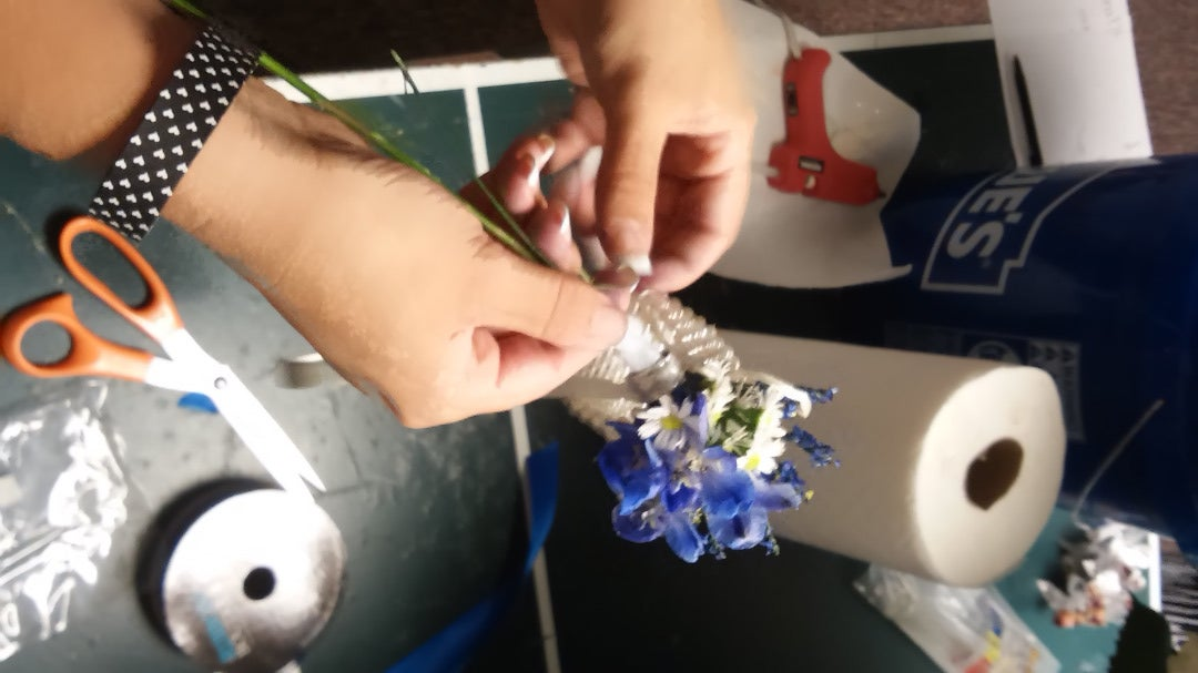 Connect Flowers to Wristlet
