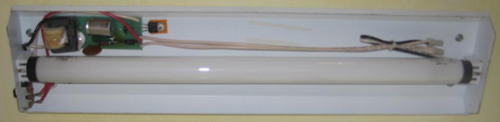 Turn Your 12V DC or 85-265V AC Fluorescent Light To LED - Part 1 (Internals)