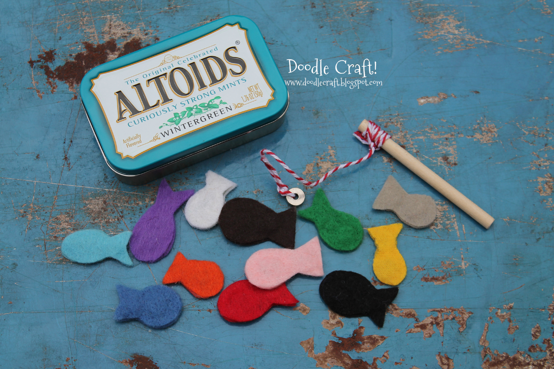 Pocket Sized Magnetic Fishing Set in Altoid tin!