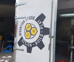 Paint a Logo on a Utility Trailer