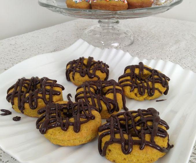 Oven-baked Vegan Pumpkin Donuts