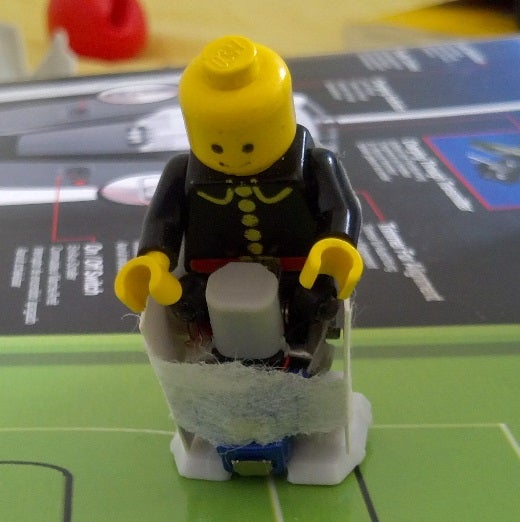 Make a Walking Robotic Lego Cyborg! ... ROBOTIC LEGO CYBORG????