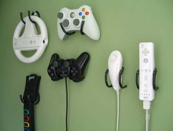 Wall Clip - Hang Video Controllers on Walls